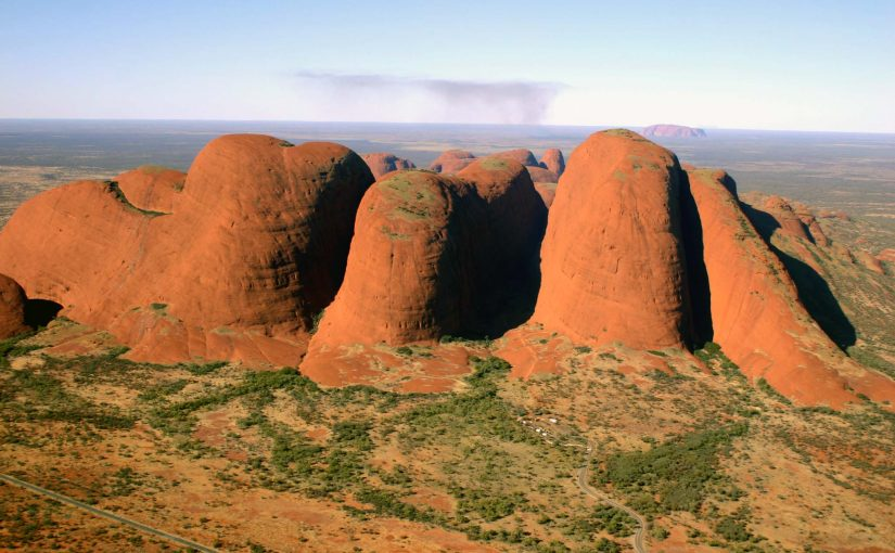 Australian Outback: From Adelaide to Darwin via Uluru, Tanami Track, Bungle Bungle Ranges and the Gibb River Road